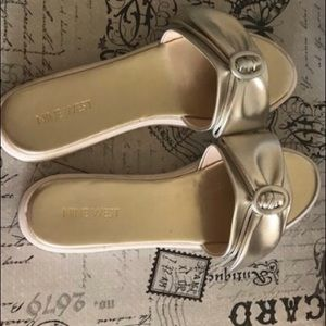 Nine West slippers size 8